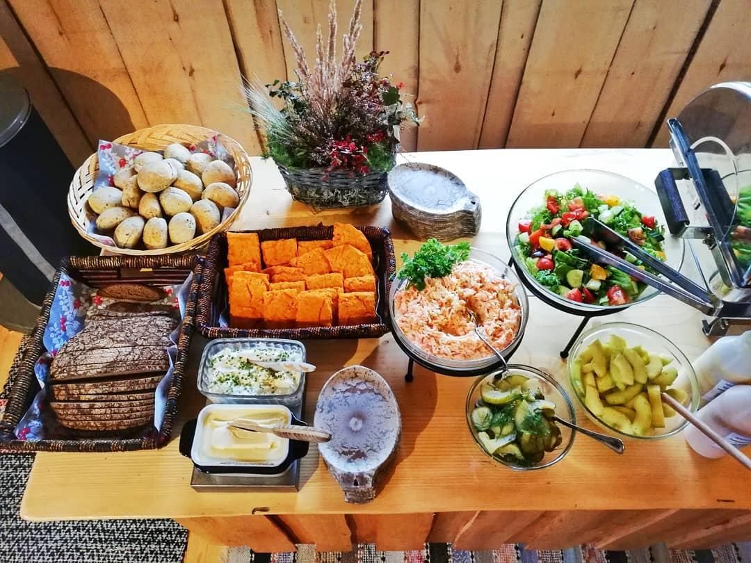 Aholafarm - pitopalvelu ja catering / Venuu.fi