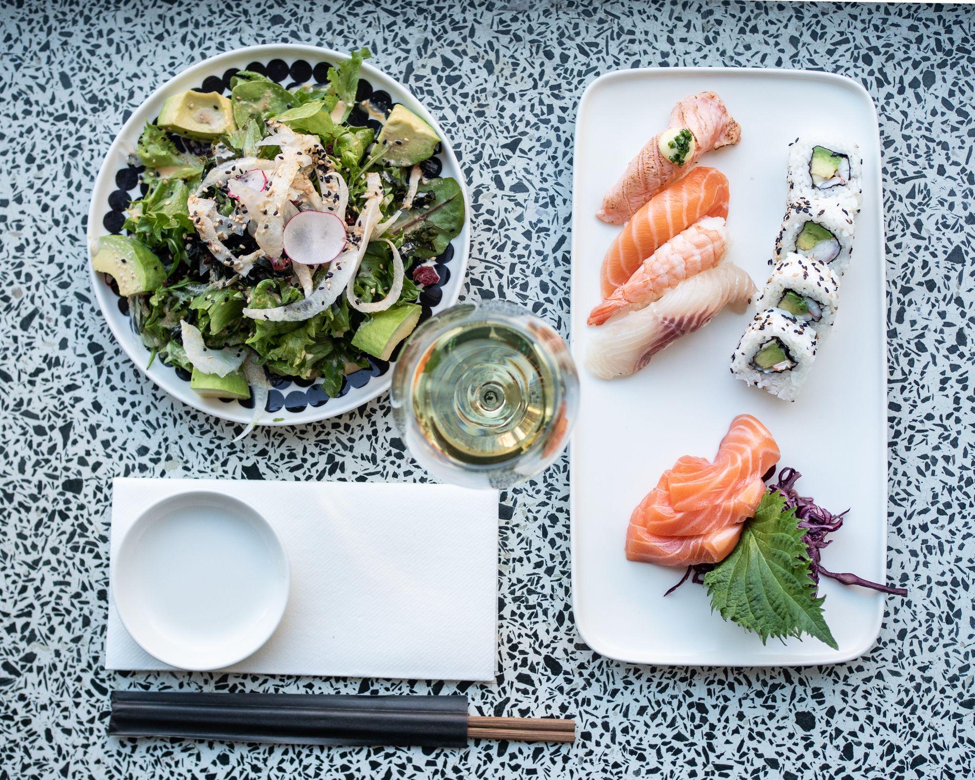 Sushibar+Wine Catering - pitopalvelu häihin / Venuu.fi