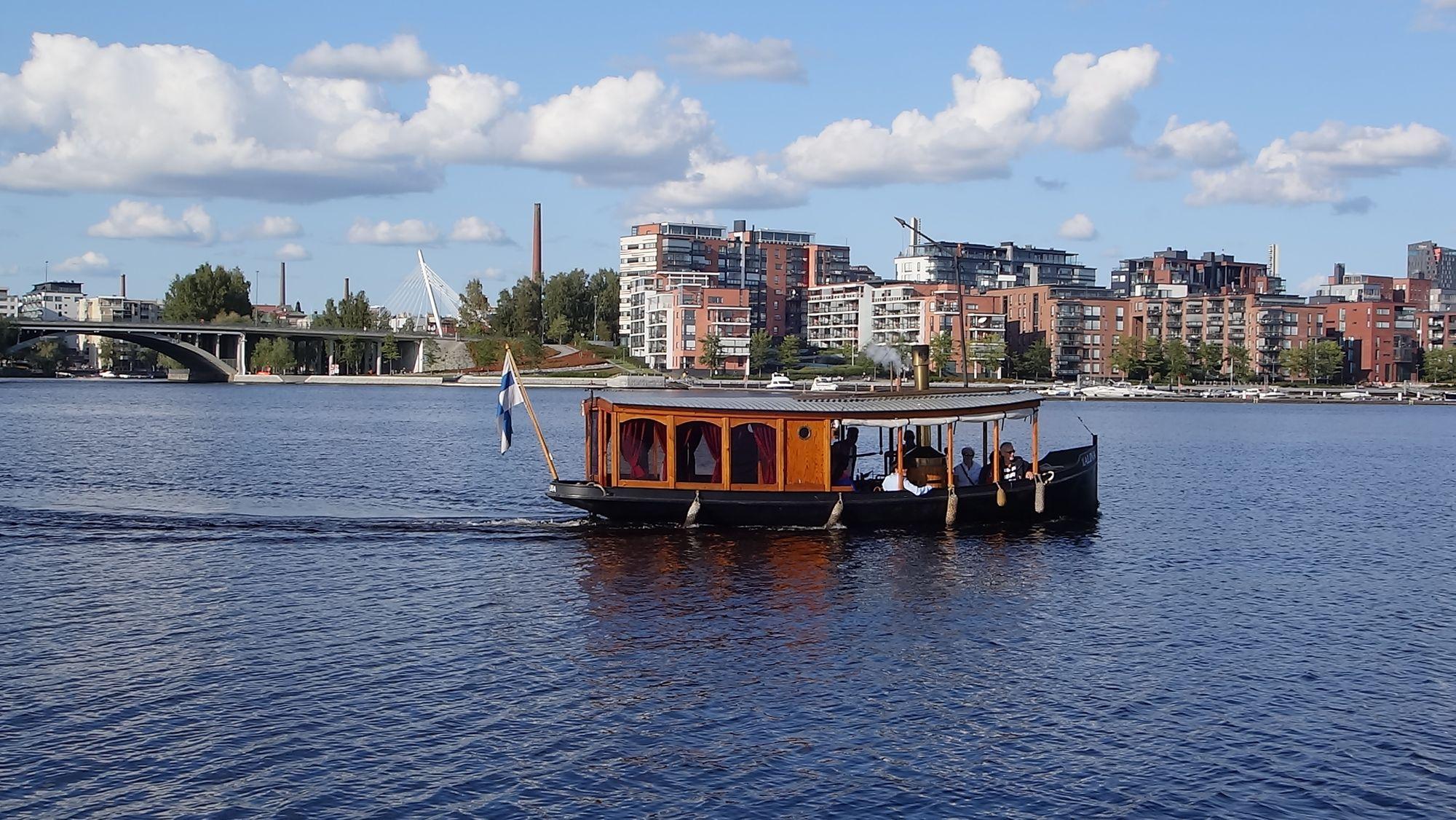 Höyrylaiva s/s Alina - laivat ja veneet juhliin / Venuu.fi