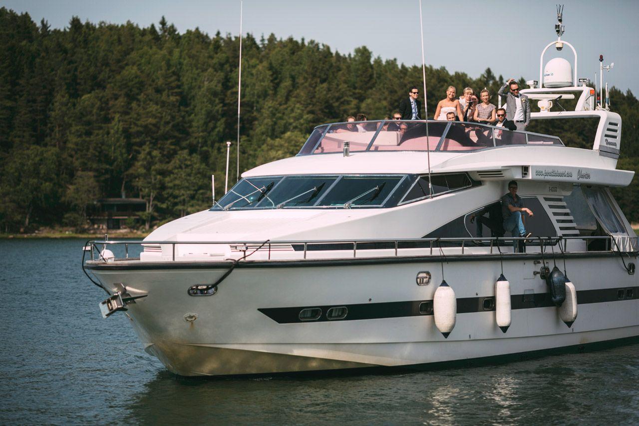 M/s Harmony - veneet ja laivat juhliin / Venuu.fi
