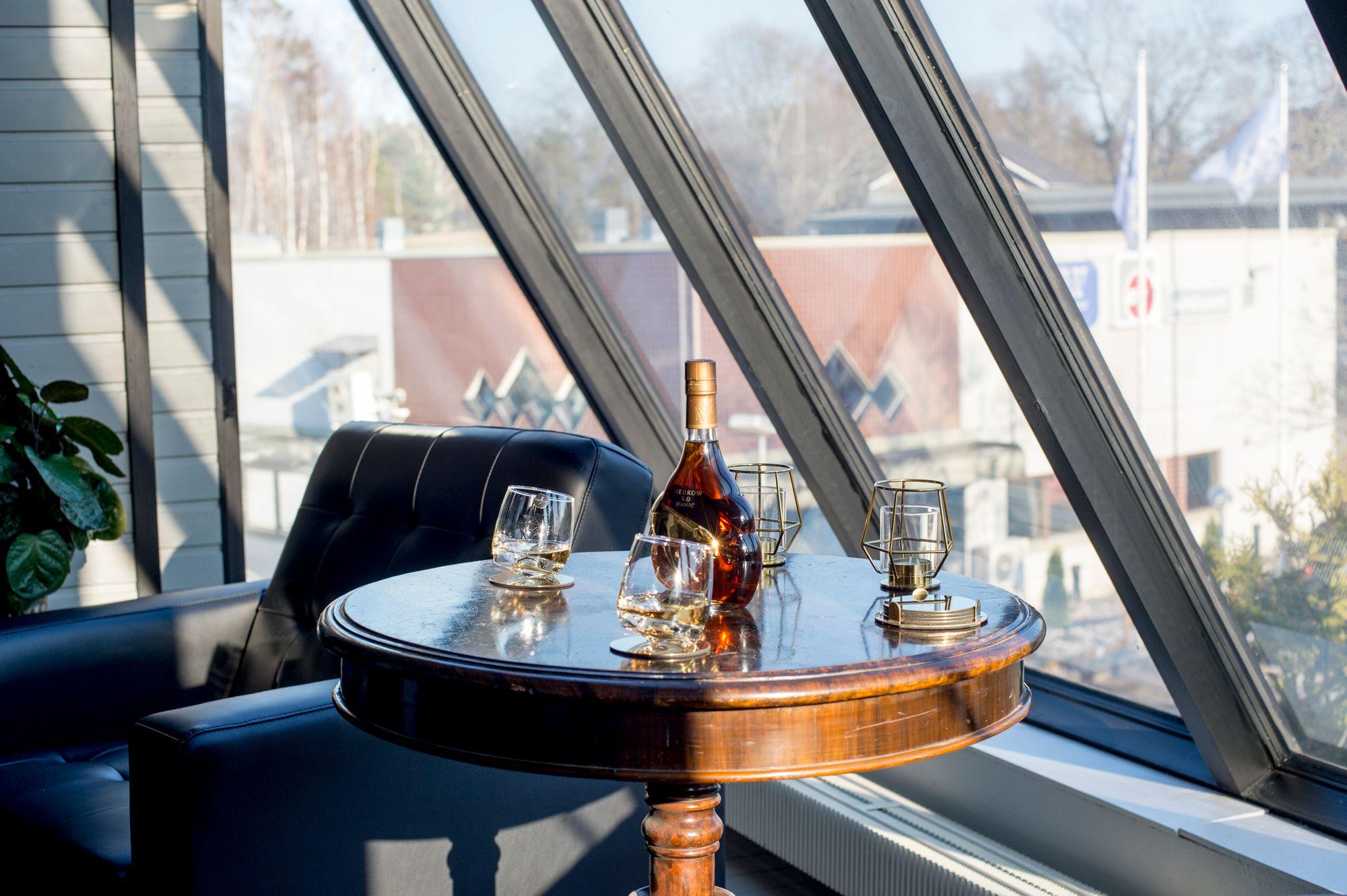 Sihi Lounge - juhlatila / Venuu.fi